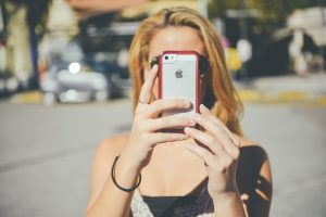 7 Steps to Use Snapchat to Connect With Millennial Buyers