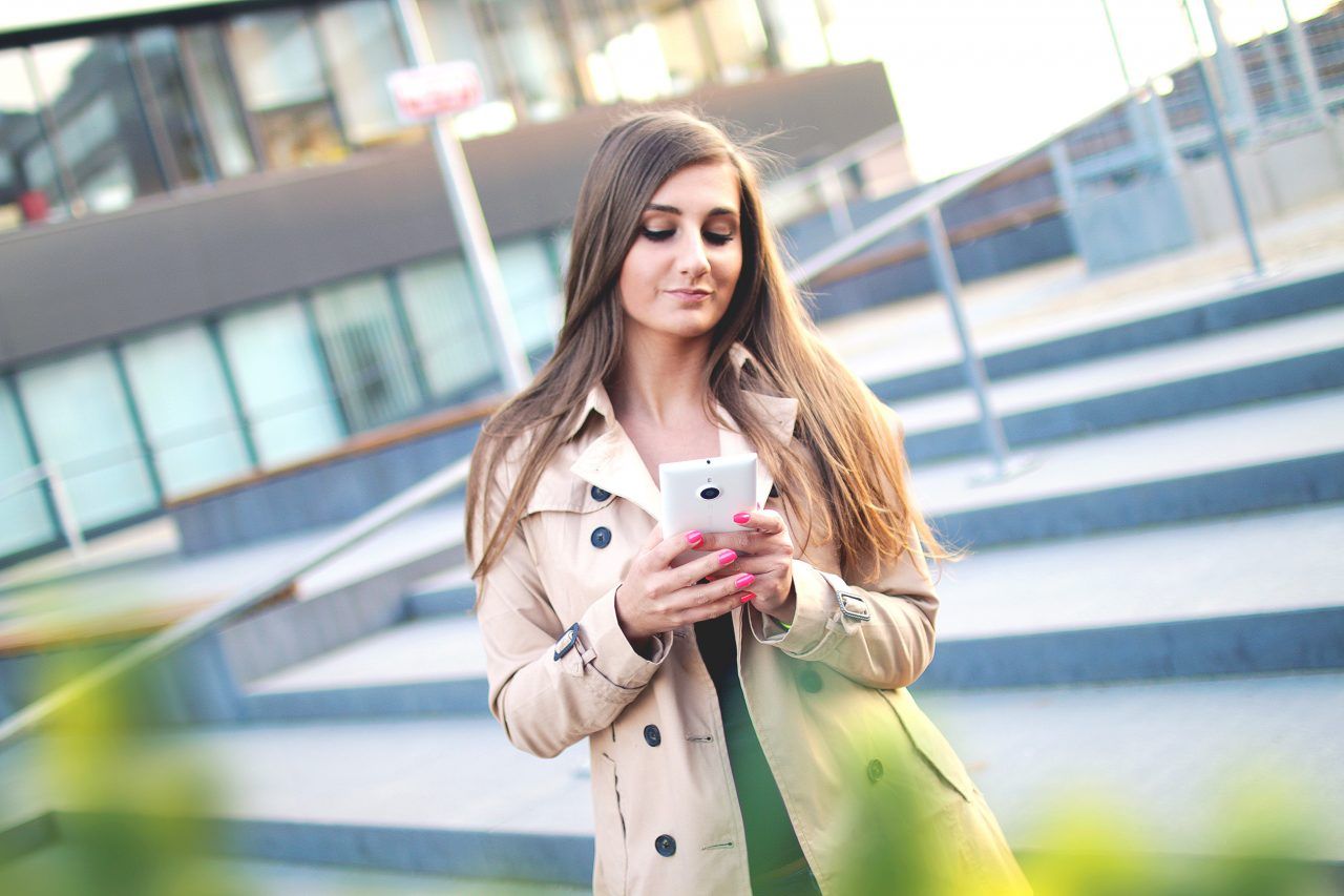 """MARCH 16, 2017 Millennial Marketing Insight from HypeLife Brands: """"Millennials drive US mobile banking"""""""